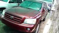 2005 Toyota Highlander limited 4wd 3rows seater